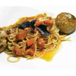SPAGETTI WITH BALLS